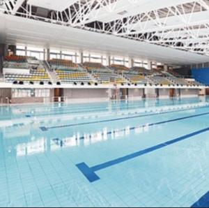 兒童游泳班(中山紀念公園游泳池)傲洋游泳會
